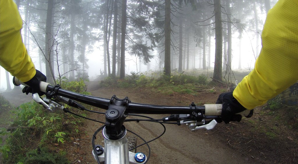 10 Best Biking Gloves For Carpal Tunnel 2020