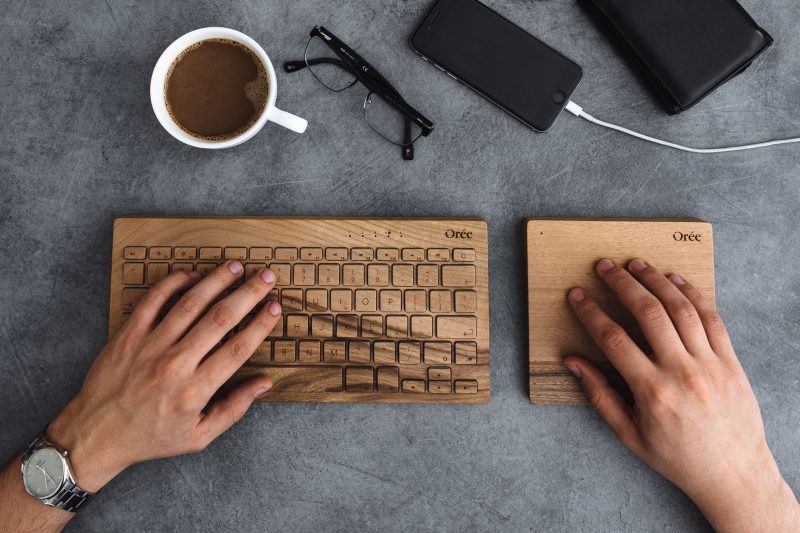 Best typing gloves with fingers