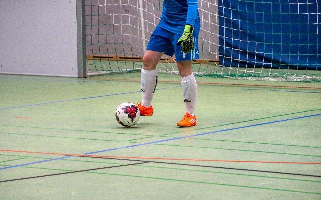 7 Best Goalie Gloves for Indoor Soccer