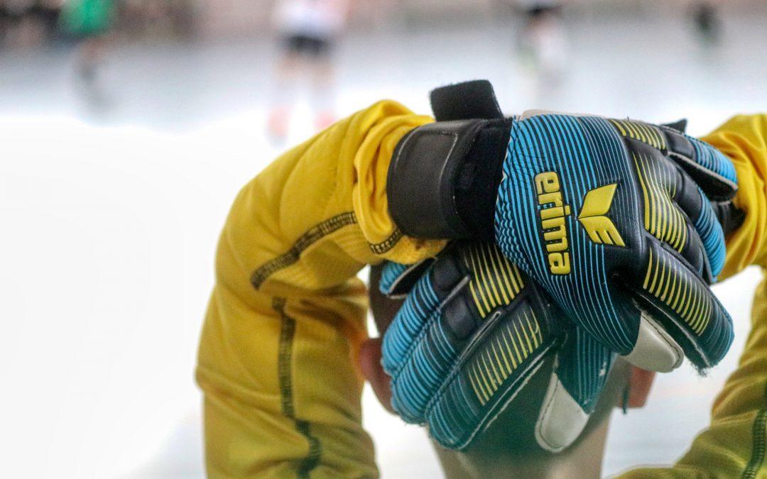 7 Best Goalkeeper Gloves for Youth
