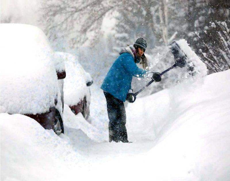 best gloves for snow shoveling