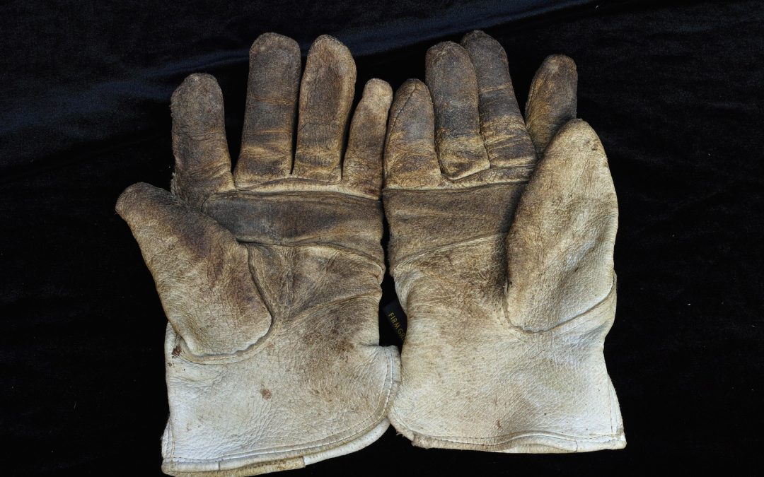 How To Wash Work Gloves – Most Effective Methods